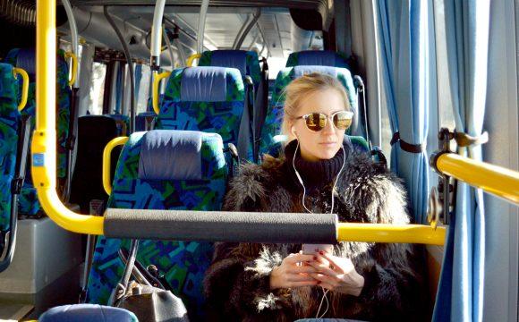 pratique-venir-bus-vendee-siege-femme-car