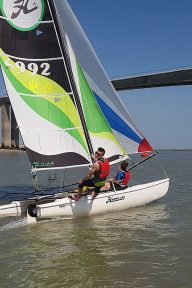 activites-nautique-vendee-catamaran
