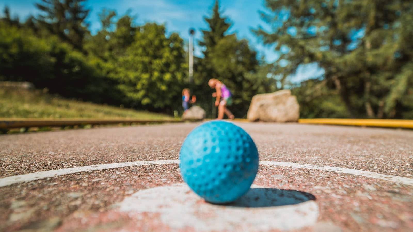 Activités sports et nature en vendee: minigolf