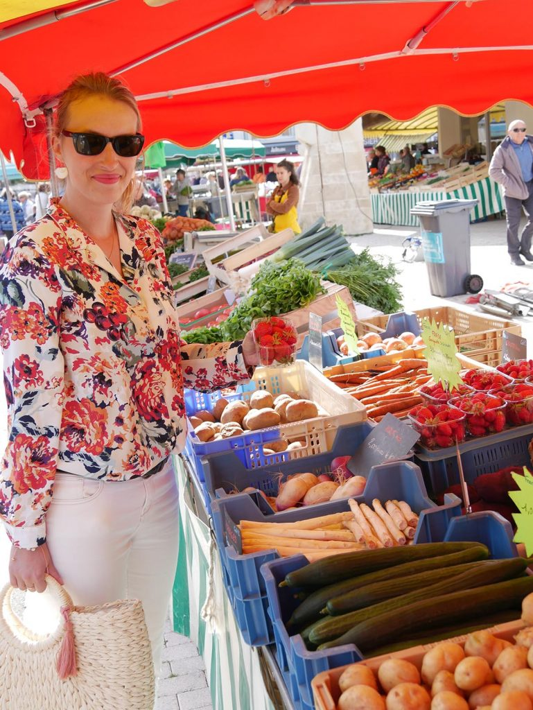 covered-market-saint-jean-de-monts-vendee