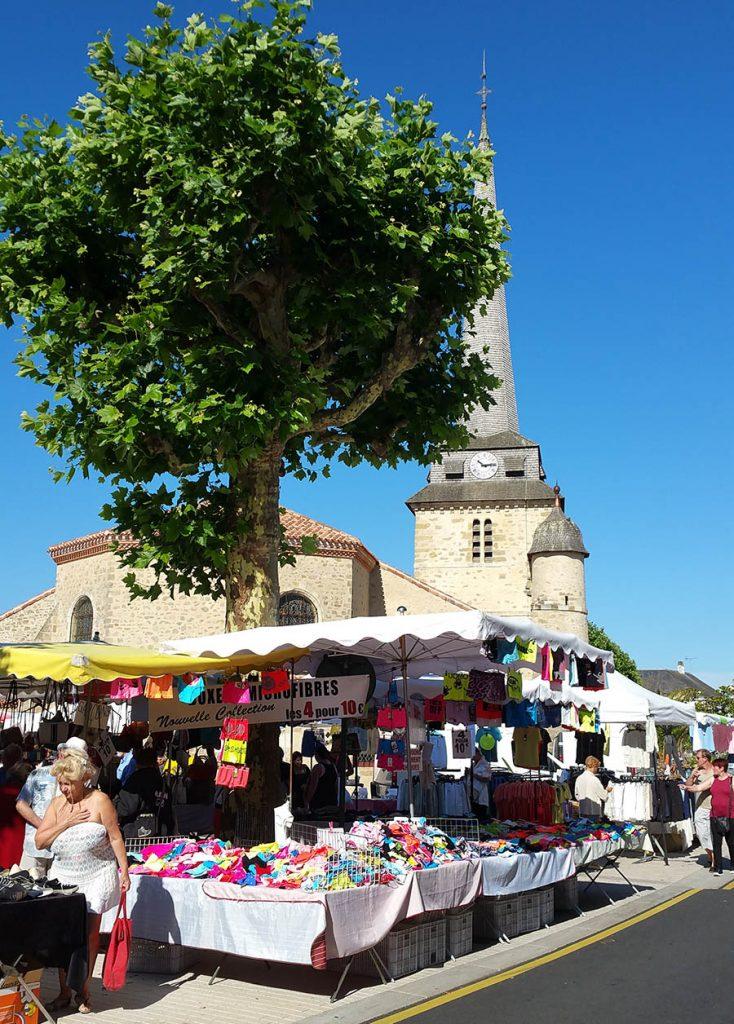 großer-markt-place-jean-yole-saint-jean-de-monts