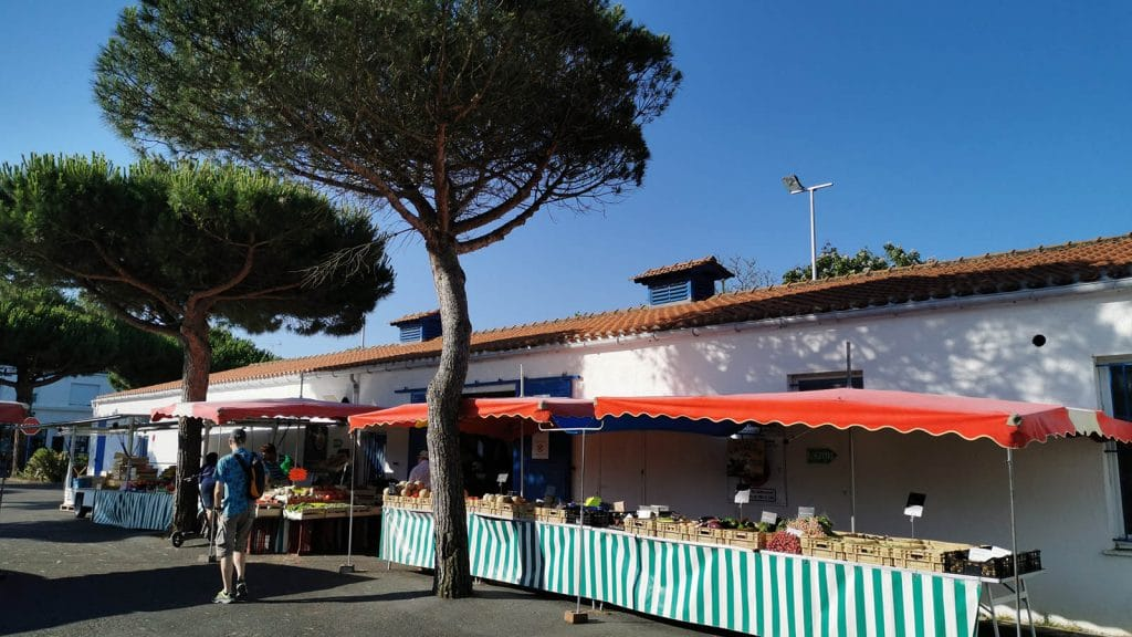 market-beach-saint-jean-de-monts