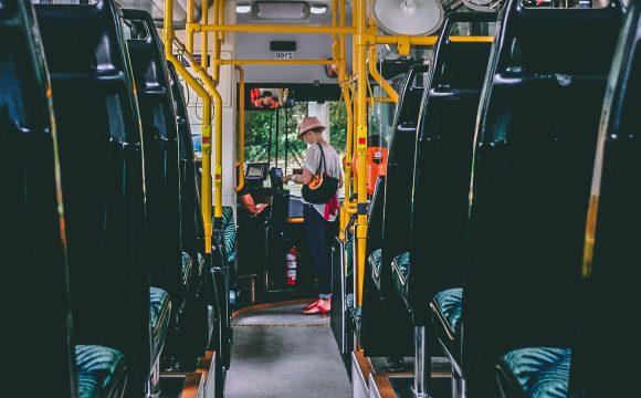 bus-car-notredamedemonts-vendee