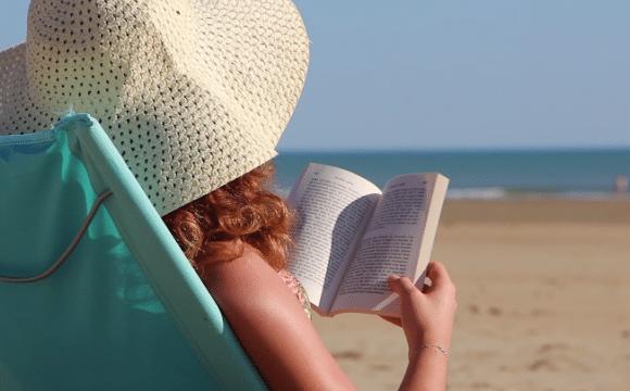 zenitude-plage-lecture-paysdesaintjeandemonts