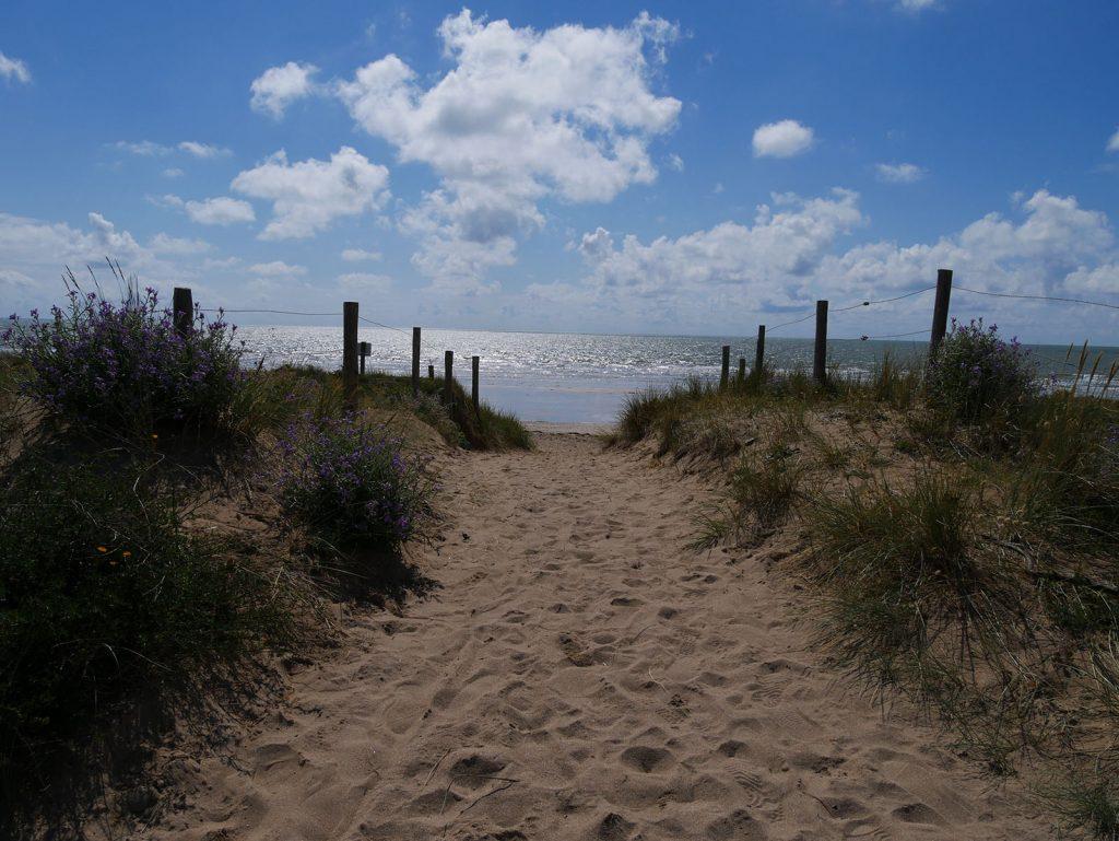plage-de-la-renaudiere-notredamedemonts2
