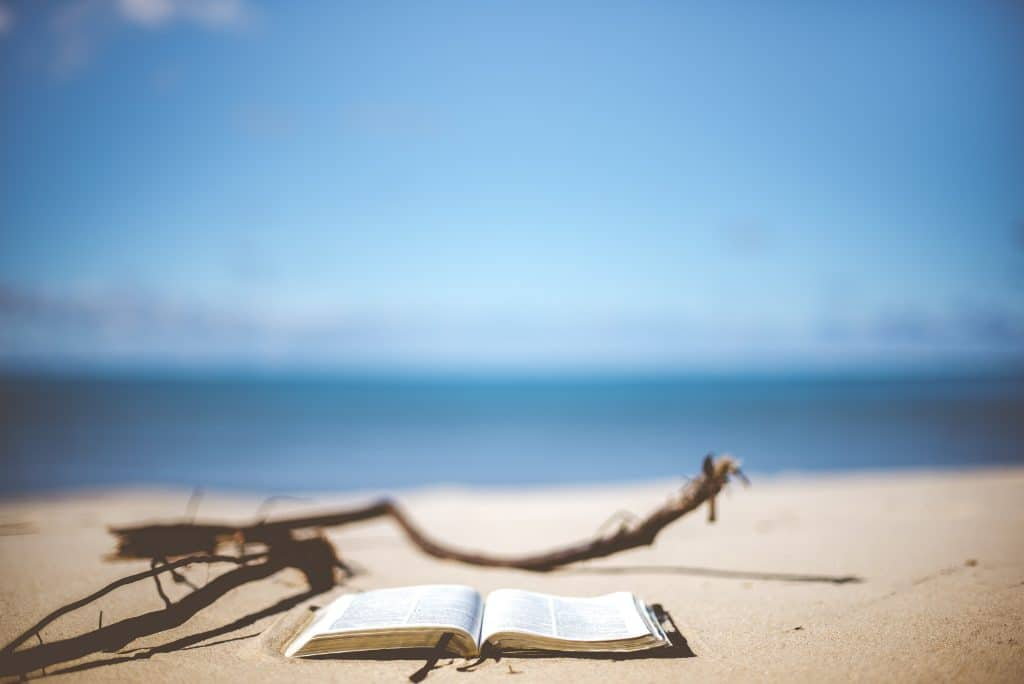 beach-lecture-plage